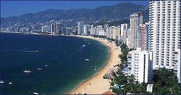 acapulco_hotel_zone